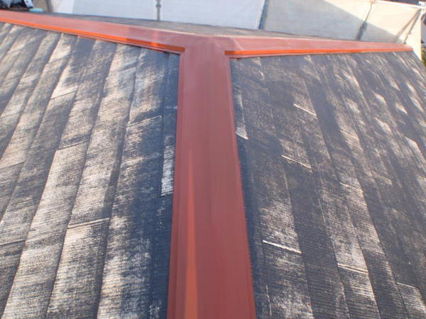 安城市 M様邸 外壁塗装 屋根塗装 無機コース屋根シーラー完了