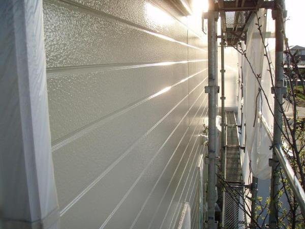 安城市 M様邸 外壁塗装 屋根塗装 無機コース中塗り完了